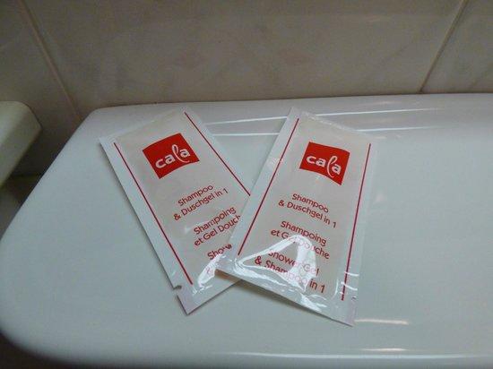 Hotel Am Stiftswingert: Shampoo and bath gel