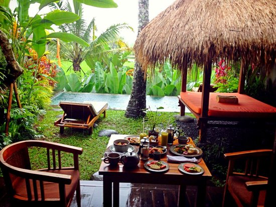 Ubud Padi Villas: Breakfast in the room
