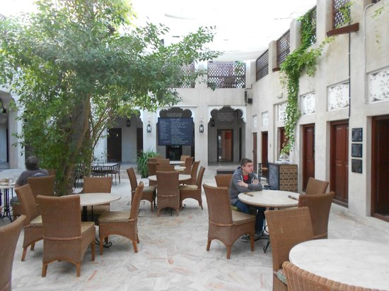 Zimmer 6 picture of xva art hotel dubai tripadvisor for Xva hotel dubai