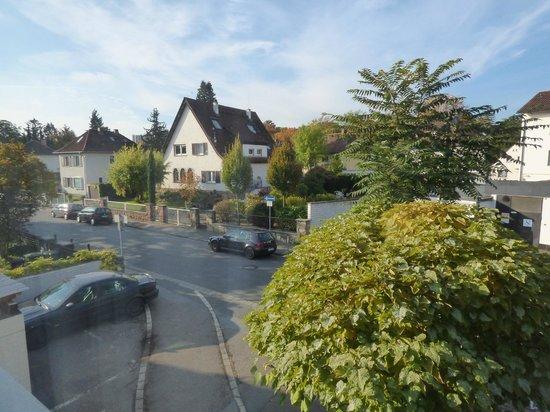 Hotel Am Stiftswingert: View from room of street and market next door