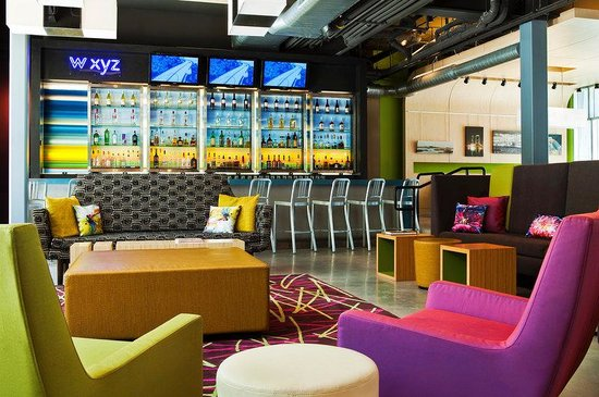 Aloft Jacksonville Tapestry Park : Re:mix(SM) lounge/W XYZ(SM) bar
