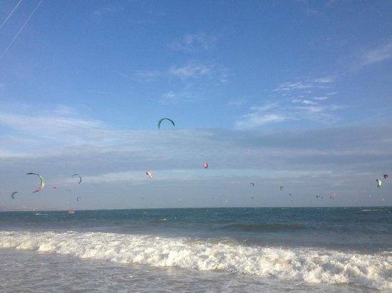 Bon Bien Resort: пляж
