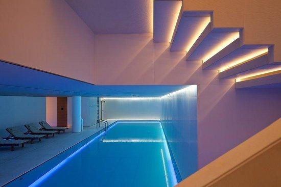 Conservatorium Hotel: Pool