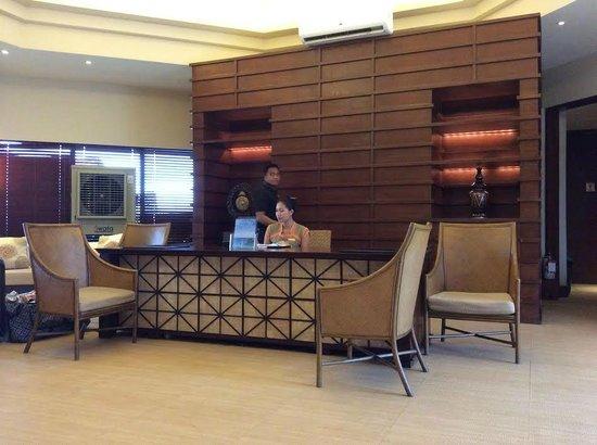 Shangri-La's Boracay Resort & Spa: Mabuhay lounge at airport