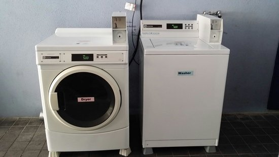 Hotel 81 - Palace: DIY washer and dryer available at only 5.00 per load.