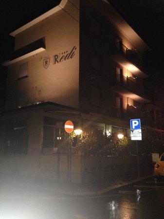 Hotel Redi : redi hotel