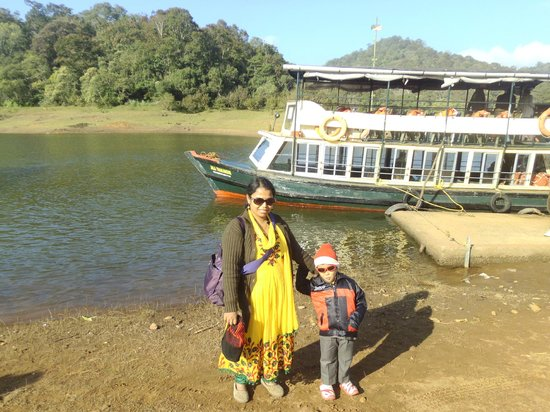 Periyar Wildlife Sanctuary: our boat