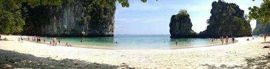 Sofitel Krabi Phokeethra Golf & Spa Resort: Koh Hong Island.