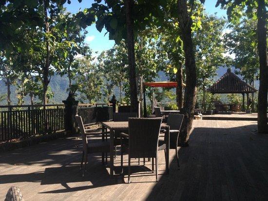 Plataran Borobudur Resort & Spa: hotel terrasse