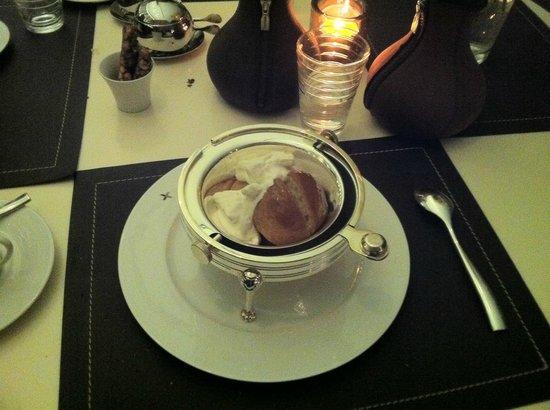 W St. Petersburg restaurant : Ром-баба