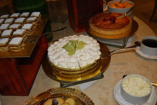 Melia Iguazu: Dessert at DInner.