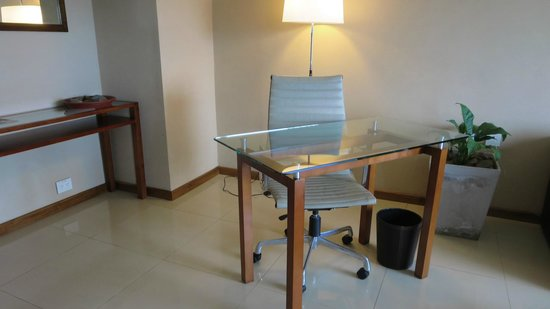 Sheraton Iguazu Resort & Spa: Our Hotel Room Entry (Separate from the Bedroom).