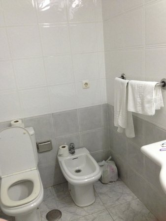 Apartamentos Benibeach: toilet area