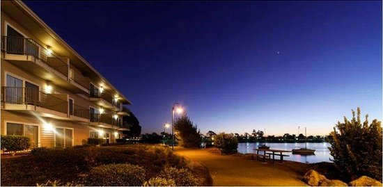 Homewood Suites At The Waterfront: Homewood Suites By Hilton Oakland-Waterfront $159