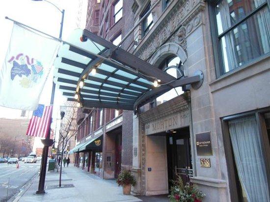Hotel Blake Chicago: 入口