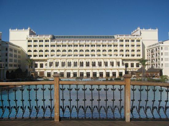 Mardan Palace : Вид на главный корпус