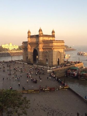 Gateway of India: Evening sunlight.
