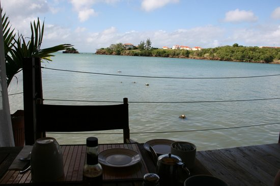 True Blue Bay Boutique Resort: View from my breakfast table!