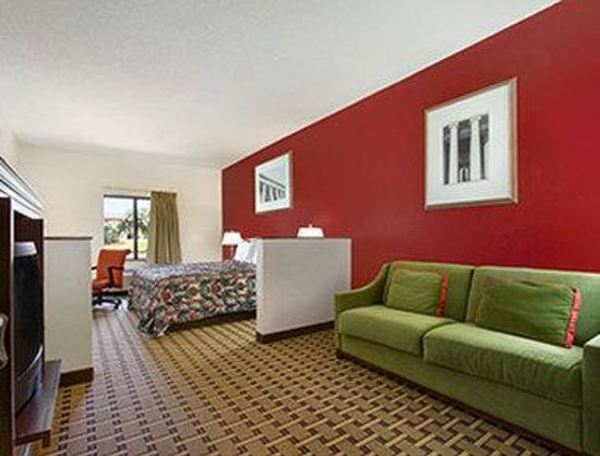 Days Inn Mauldin/Greenville: Suite