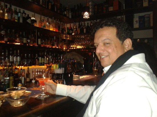 Gregory's: The barmen was so good,  i berly can walk