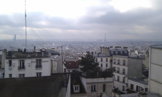 Une Chambre a Montmartre: A cold February afternoon