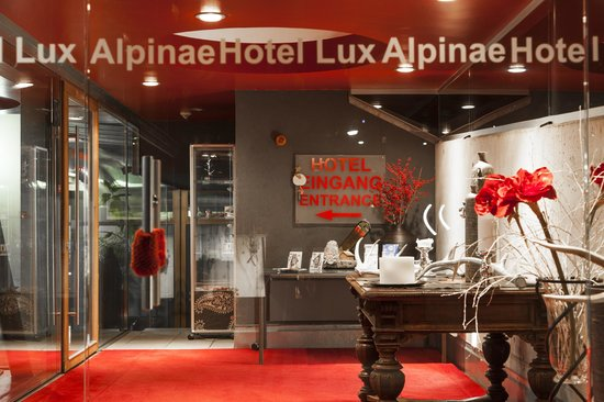 Hotel Lux Alpinae: Entrance