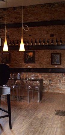 Sarroglia Hotel: Bar lounge
