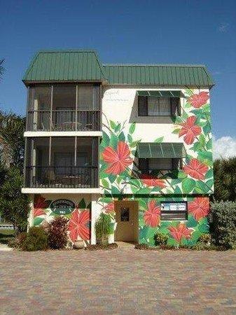 Edgewater Inn Fort Myers Beach: Viewfrom Street
