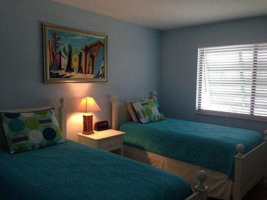 Edgewater inn fort myers beach updated 2016 apartment for Rooms to go kids fort myers