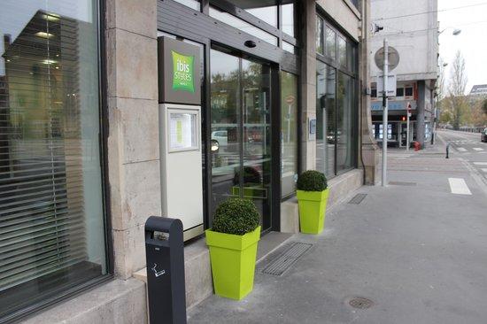 Ibis Styles Strasbourg Centre Petite France: Вход