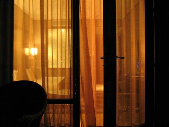 Hotel Miramar Barcelona: Вид с балкона в номер