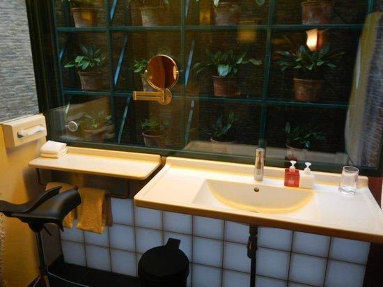 Casa Camper Hotel Barcelona: Bathroom