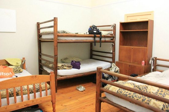 Backpackers Paradise & Joyrides: 6-bed-dorm