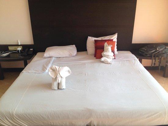 Huahin Loft Hotel: Народное творчество из полотенец