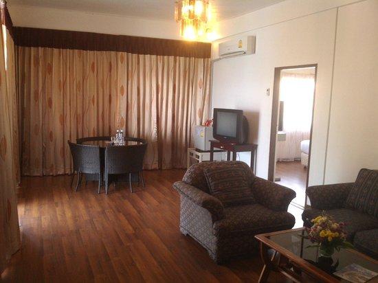 Basaya Beach Hotel & Resort : номер супериор