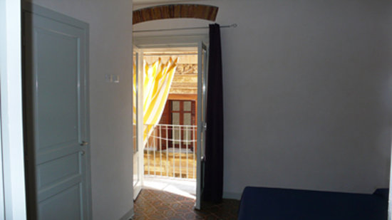 Le Vie DI Trapani: camera appartamento La Loggia
