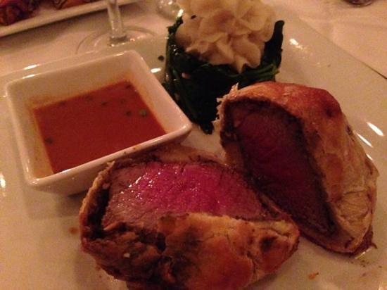 Maison Carlos : Beef Wellington