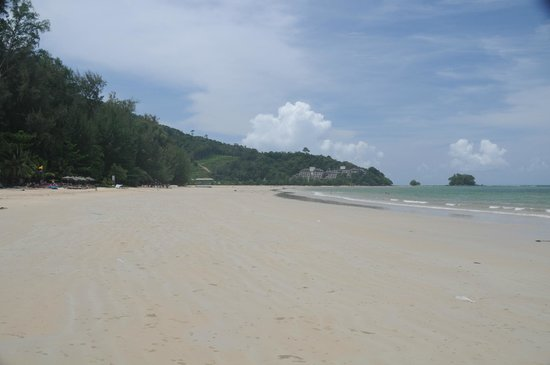 Nai Yang Beach Resort and Spa: beach