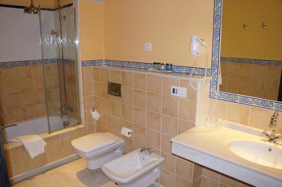 Itaca Sevilla : salle de bains