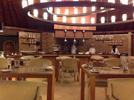 Centara Ras Fushi Resort & Spa Maldives: The La Brezza italian restaurant