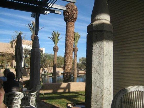 Royal Palm Beachcomber Luxury Marrakech : POOL AREA - BAR - GOLF