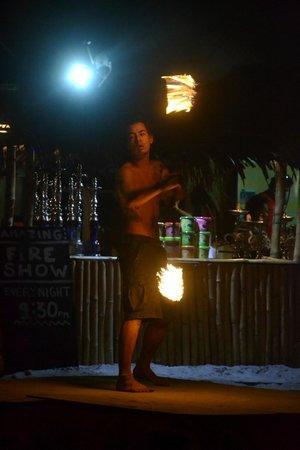 BuBu Villa: Dans les bars autour de l'hotel