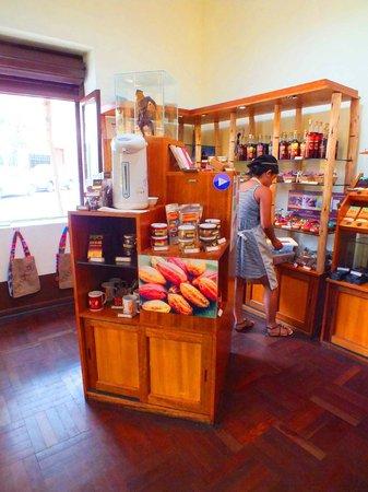 Choco Museo: Chocolate Gift Store