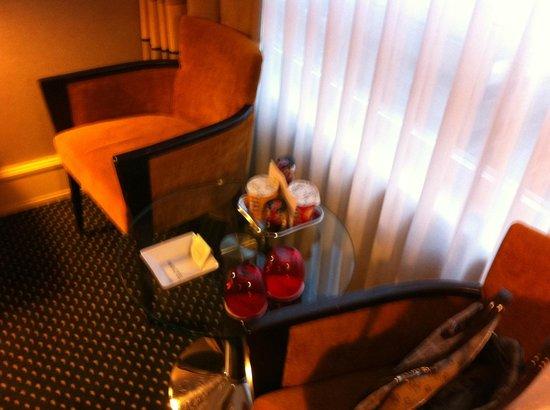 Hotel Auteuil - Manotel Geneva: Chambre