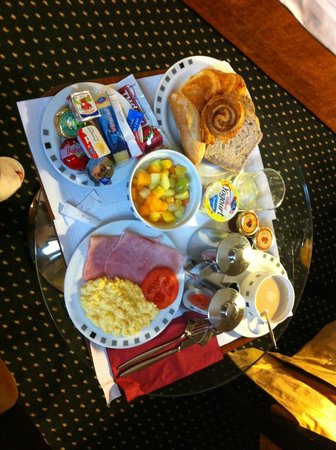 Hotel Auteuil - Manotel Geneva: Chambre pdj