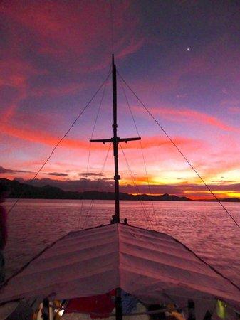 Divine Diving: Sunset from liveaboard