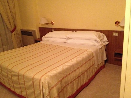 Hotel Umbria: il letto