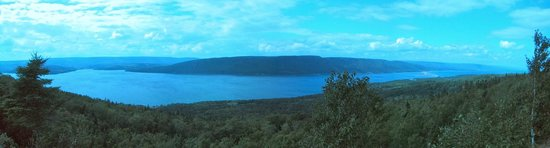 Cape Breton Highlands National Park: View of the beginning of the trail