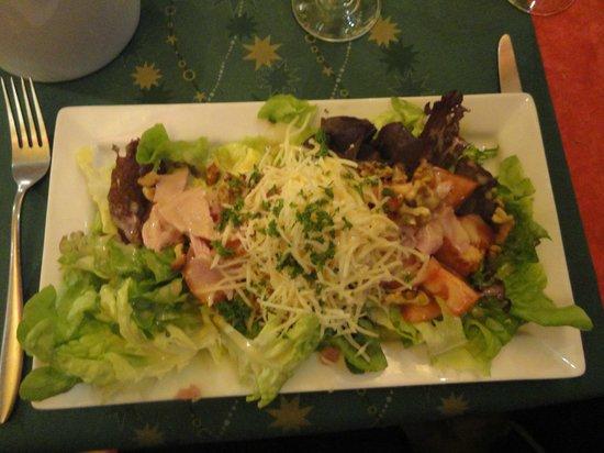 Le Bivouac: salad starter