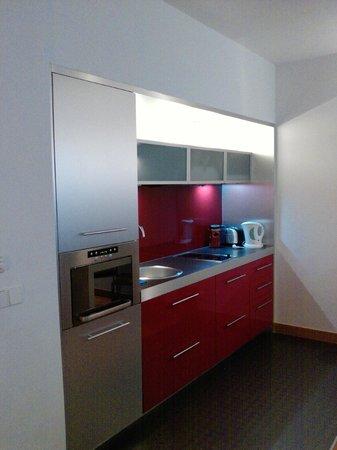 Mamaison Residence Diana Warsaw: kitchenette